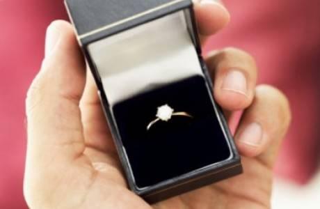 כך תימנעו מ-3 טעויות יקרות בקניית טבעת אירוסין